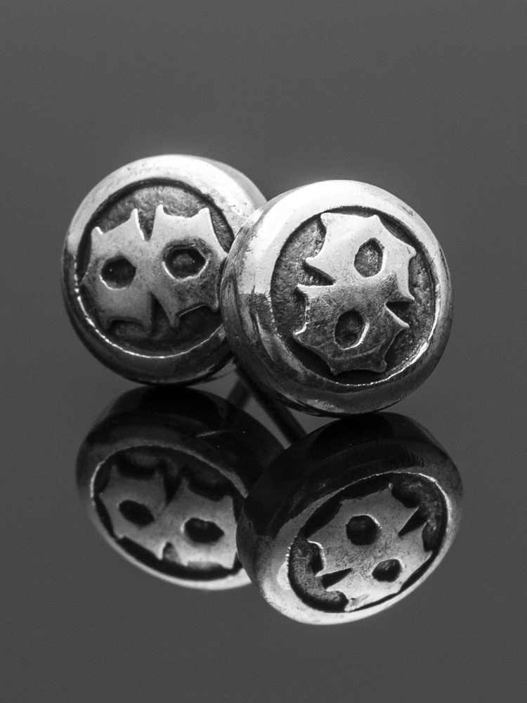 8 BALL EARRING