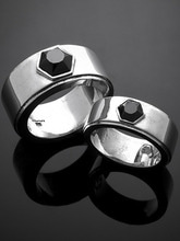 HEXAGON BAND RING